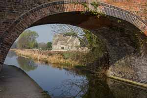 Nutshell Bridge, Stonehouse