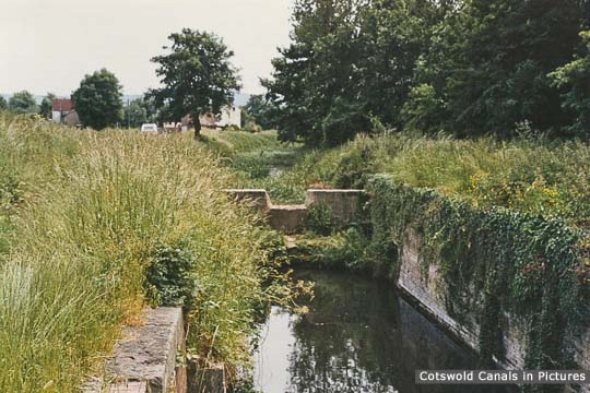 Newtown Lock, Eastington