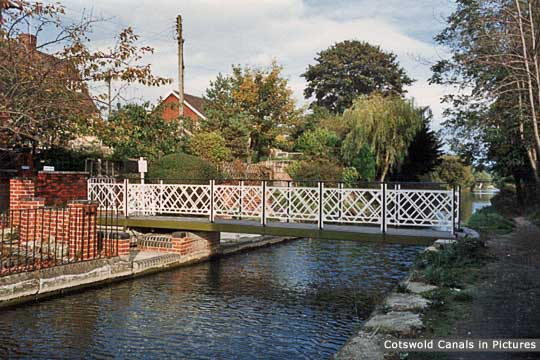 Ryeford Footbridge