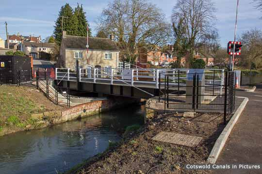 Chestnut Lane Bridge, Stroud