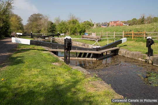 Ryeford Double Lock - Upper Chamber