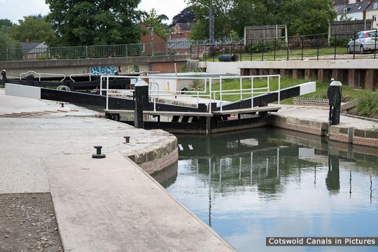 Dudbridge Lower Lock