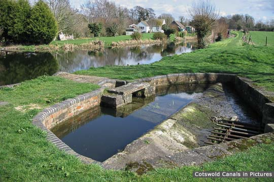 Meadow Mill overflow weir, Chipmans Platt