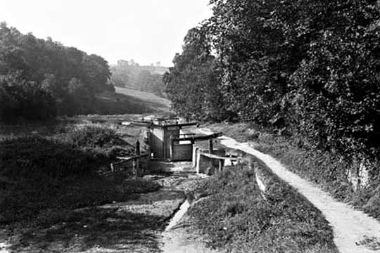 Siccaridge Wood Middle Lock