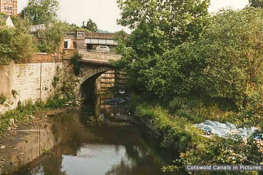 Former A46 road bridge, Wallbridge