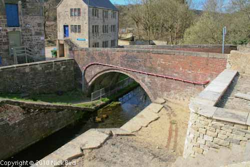 Bourne Lock Bridge, Brimscombe