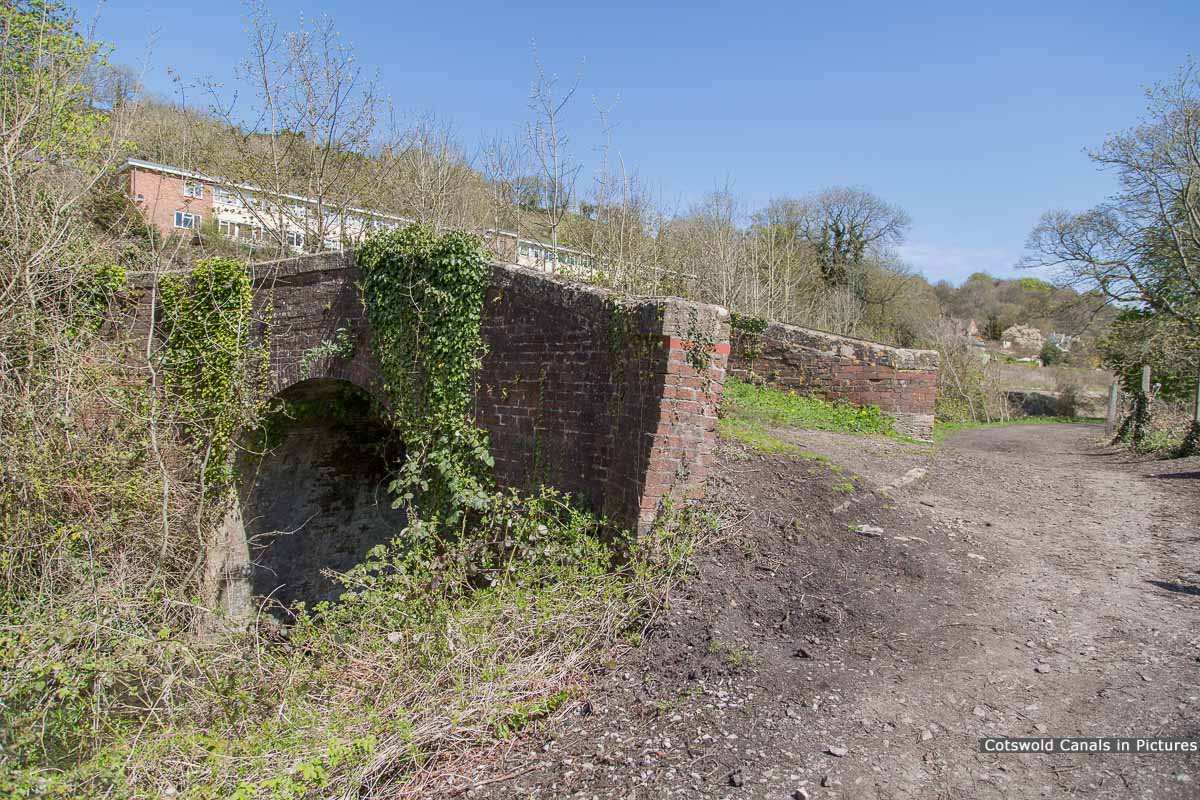 Beales Bridge, Brimscombe