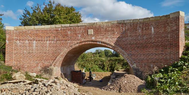 Weymoor Bridge, Latton