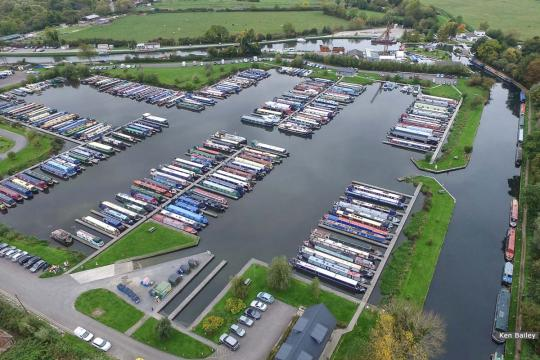 Saul Marina with Stroudwater Navigation to the right