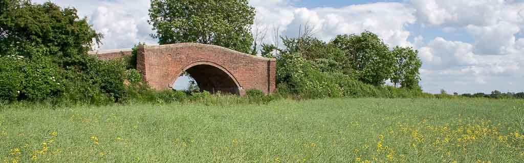 Oatlands Bridge, Kempsofrd