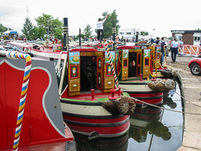 Boats at the Saul Canal Festival