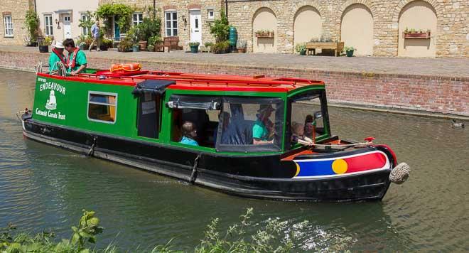 CCT Trip Boat 'Endeavour'